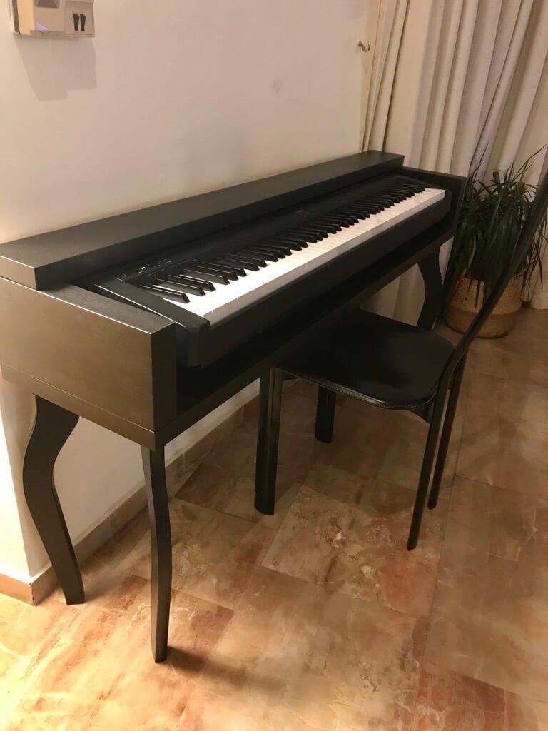 Top 10 IKEA hacks of 2020 - keyboard stand