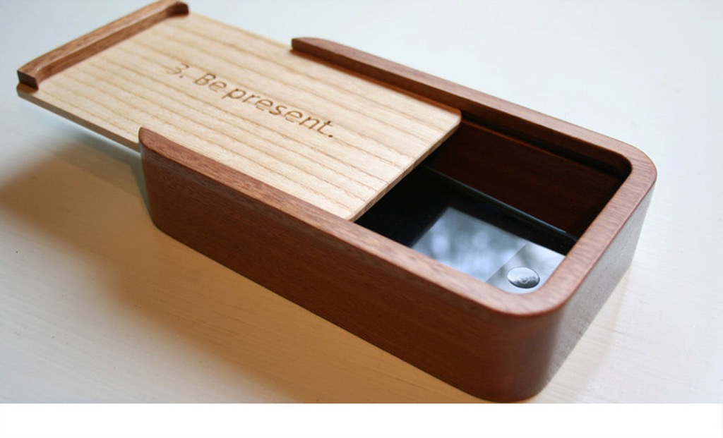 device free dinner box