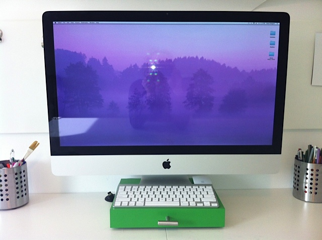 Lack Shelf to rolling iMac Stand